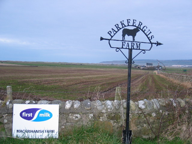 Farm sign off the B843 Machrihanish road.