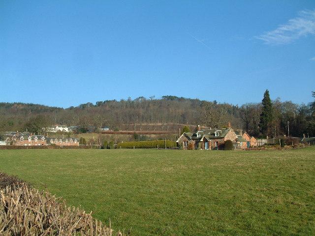 Baledgarno village