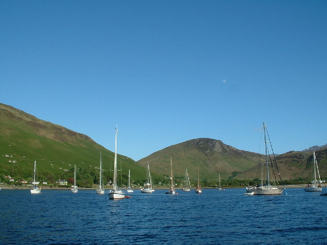 Yachts on moorings, Lochranza