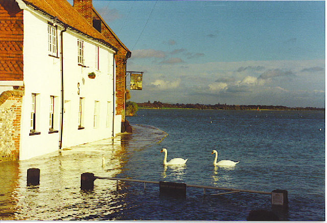 The Royal Oak, Langstone at High Tide.
