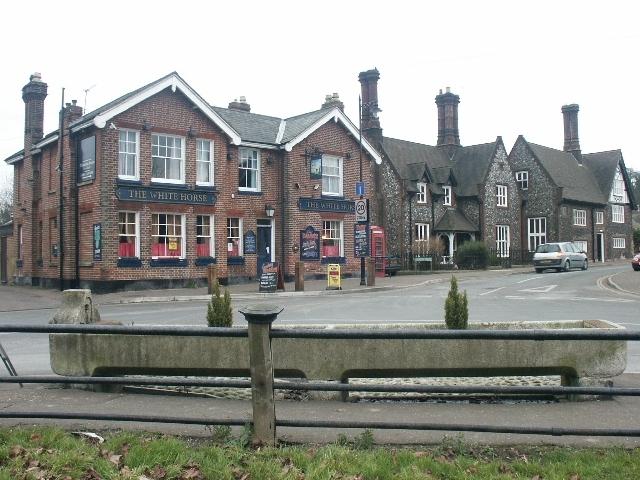 Pub and trough, Trowse