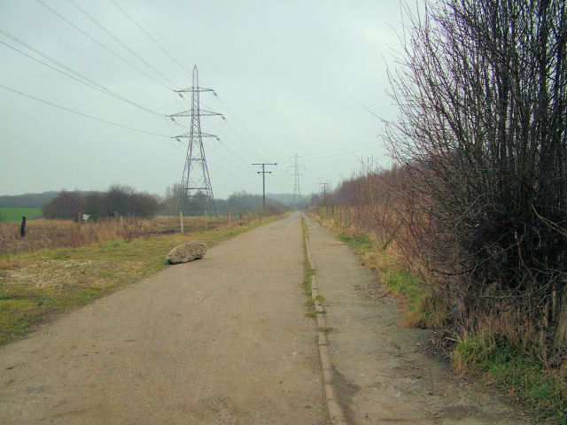 Road to old mine