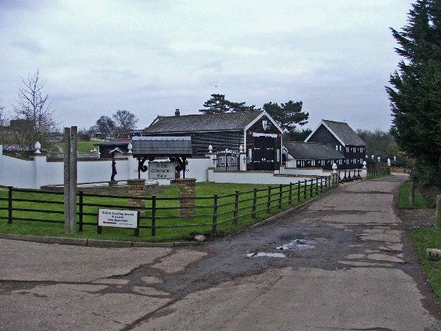 Ye Olde Claverhambury Manor