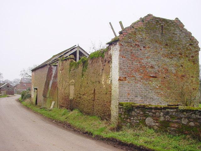 Derelict Barn, Little Orton