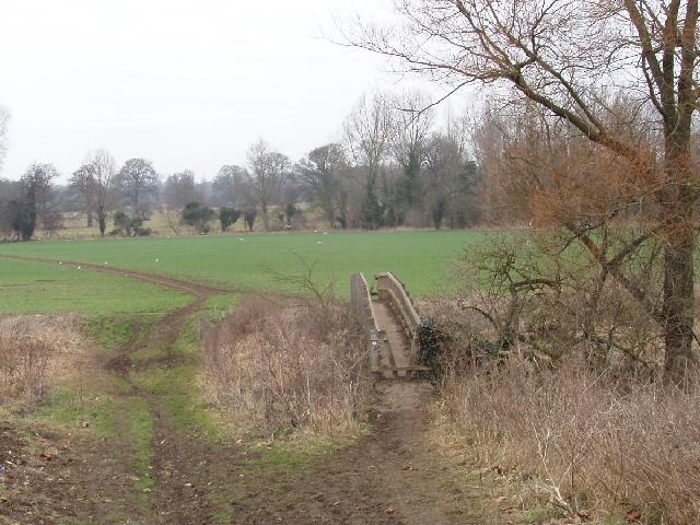 Footpath bridge, near Watford