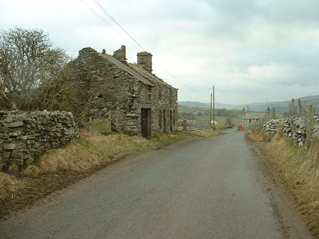 Derelict buildings near Yspyty Ifan