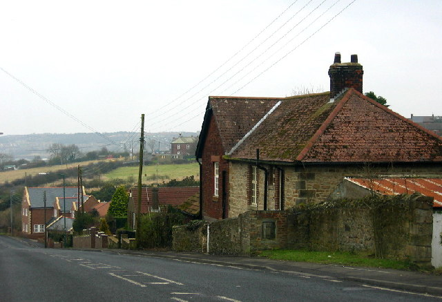 Clough Dean, near Tantobie