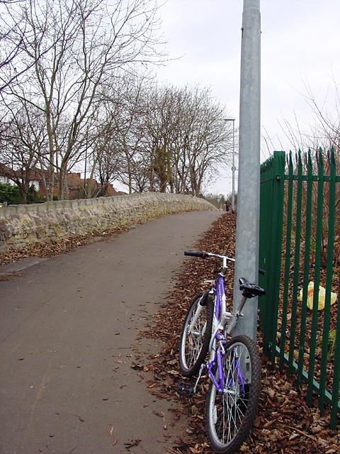 Cycle lane just above Passage Lane