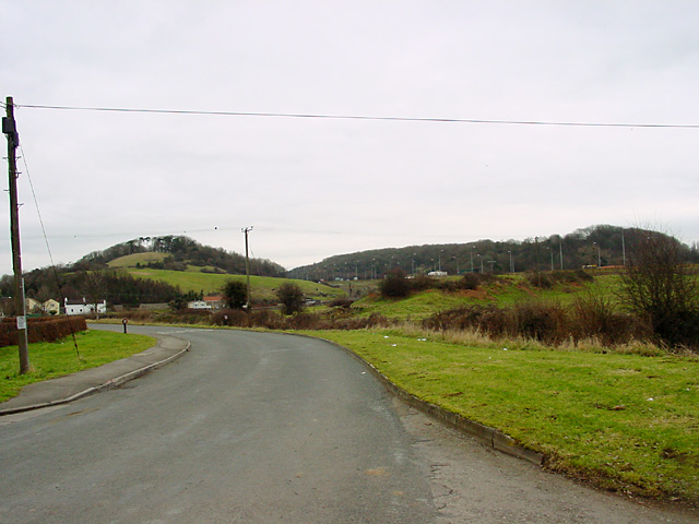 Moorhouse Lane, Hallen