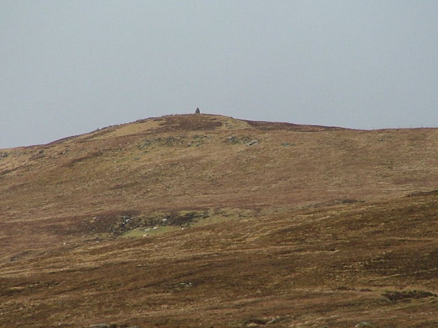 Cairn on the western slopes of Ben Geary