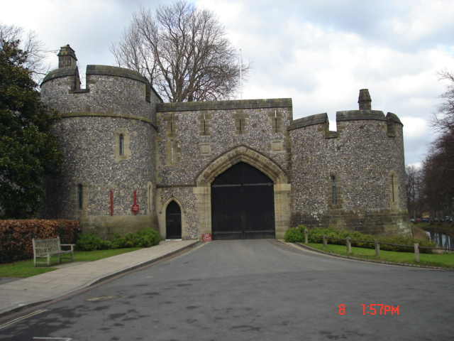 Entrance to Arundel Castle off  Mill Road