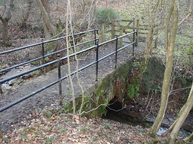 Footbridge over Range Dike, the boundary between Farnley Tyas and Thurstonland, Yorkshire