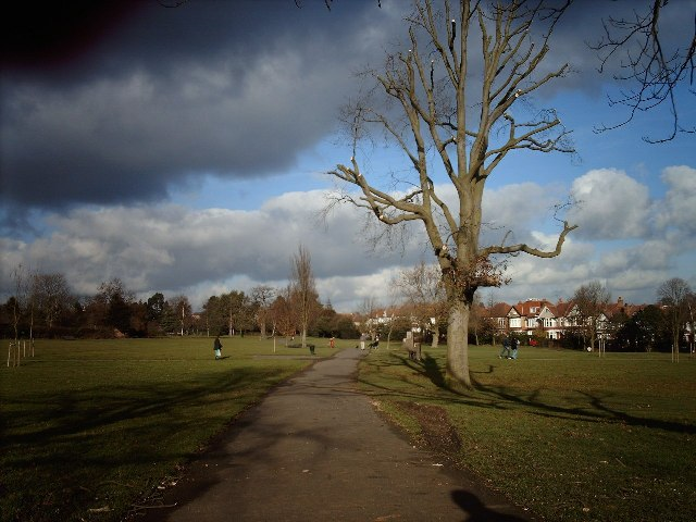 Victoria Park, Finchley Central