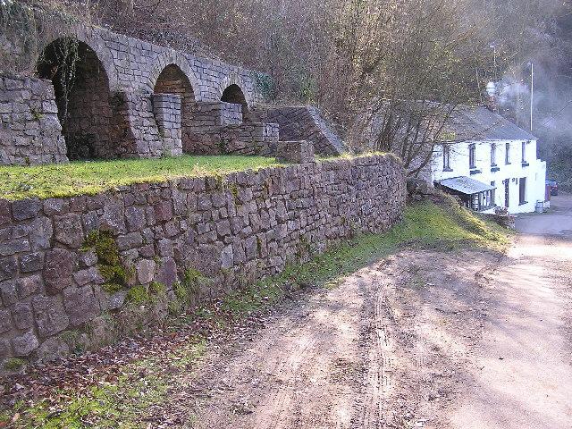 Lime Kilns and Pub
