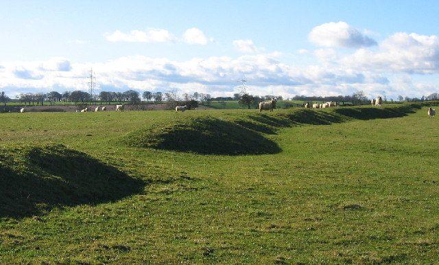 Earthworks, Middle Newham