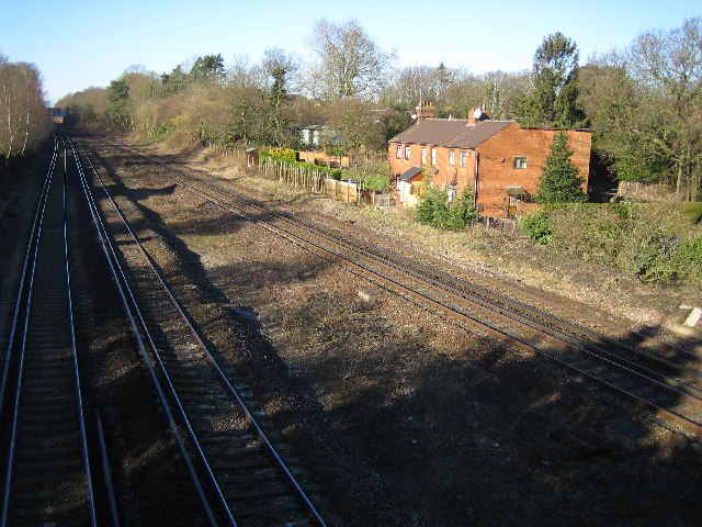 Hook: Railway west of Hook station