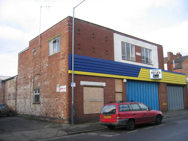 Disused building in Kenilworth Street