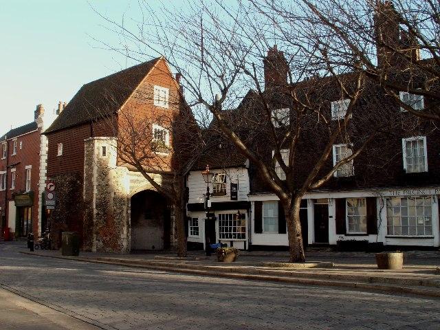 Chertsey's Gate, Rochester, Kent