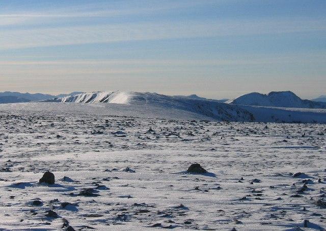 Summit Plateau of Maoile Lunndaidh