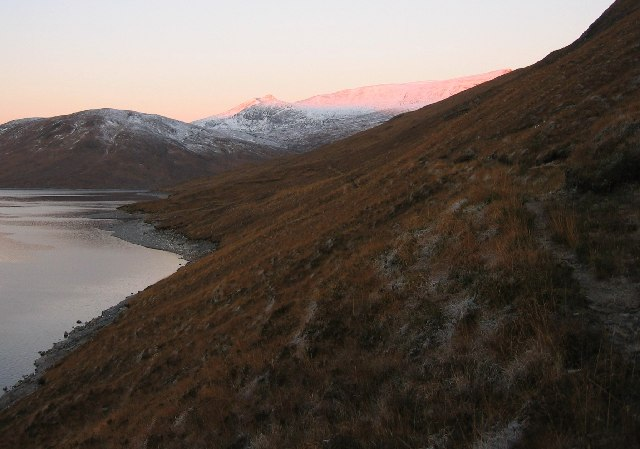 Heading west on the banks of Loch Monar