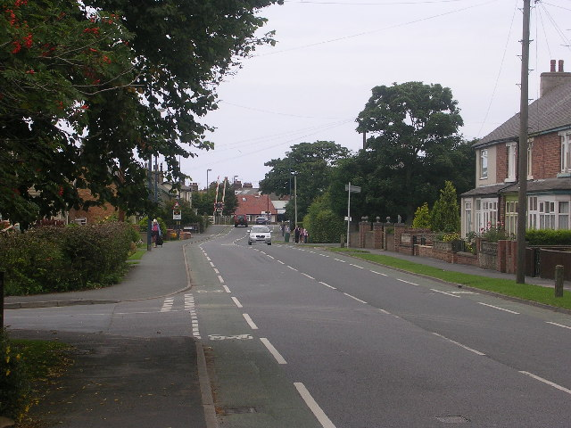 A1039 entering Filey