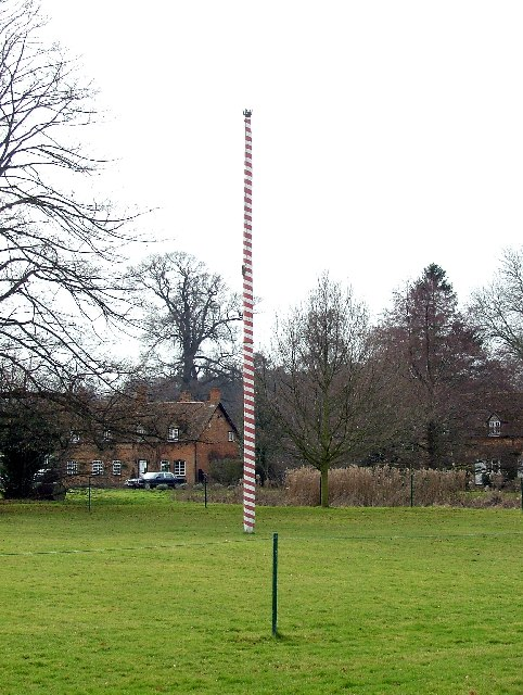 Maypole on Ickwell village green