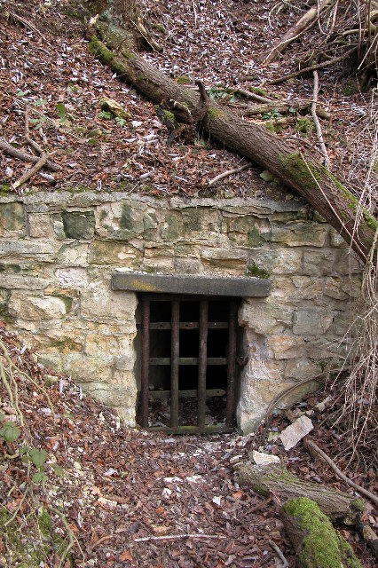 Entrance to passageway, Whittington