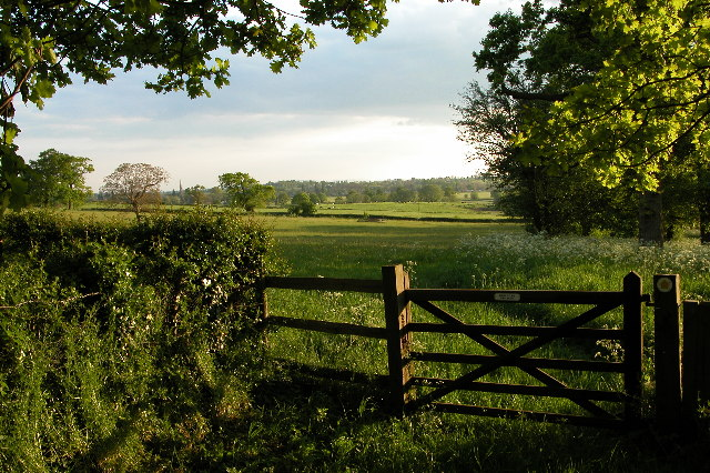 Footpath from Earl's Croome to Upton-upon-Severn