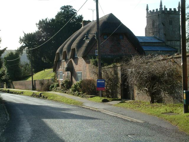 Cottages in Milton Lilbourne