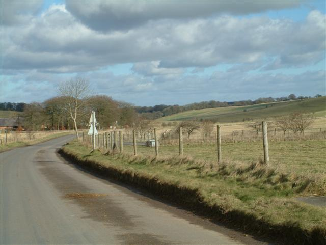 The road into Lockeridge