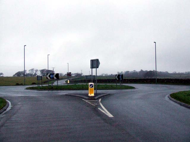 Roundabout on B4366