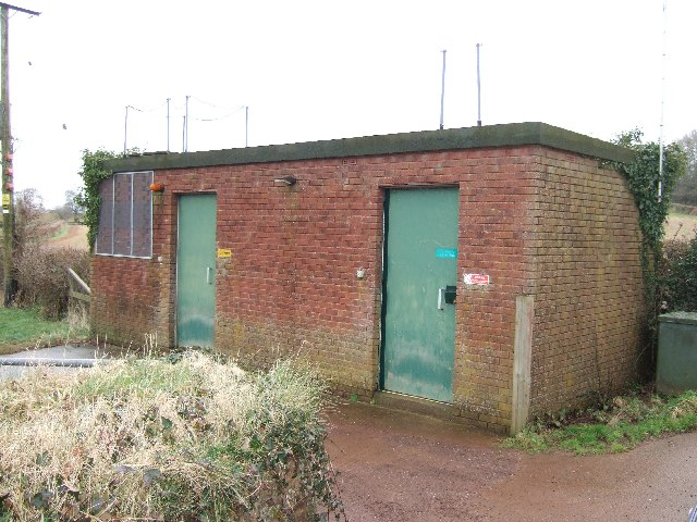 Building associated with water borehole, near Bow