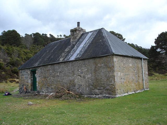 Ruigh-aiteachain Bothy Glen Feshie