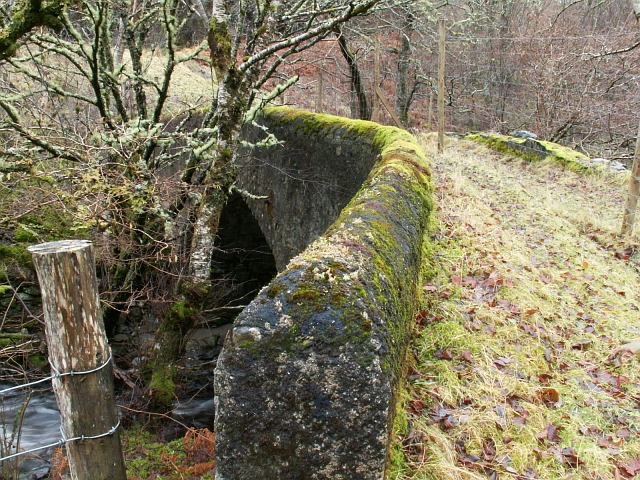 Old bridge over the Allt Doe