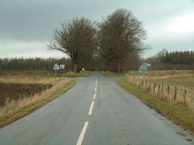 Crawford Priory -roads