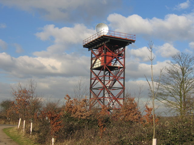 Antenna testing tower at Whitehill Farm