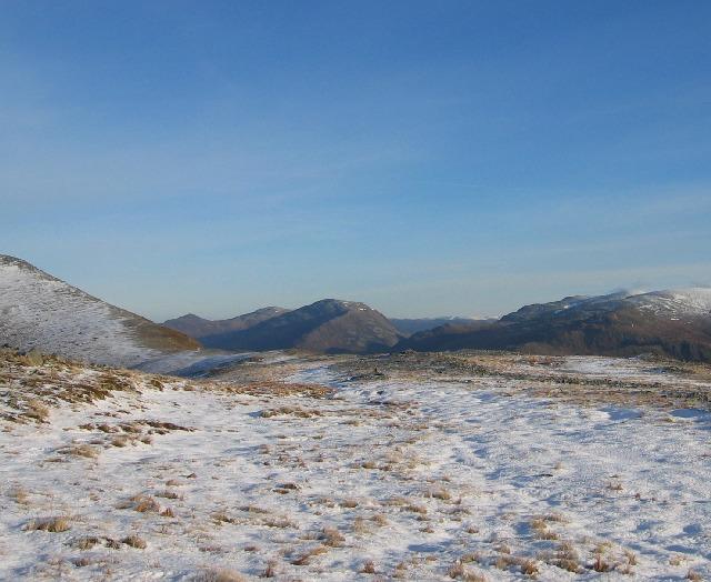 Broad ridge between Garbh-bheinn and Meall Garbh