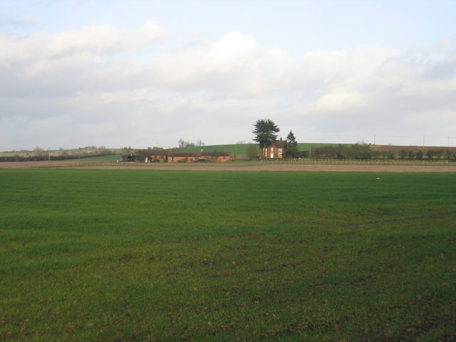 Farmland near Luddington