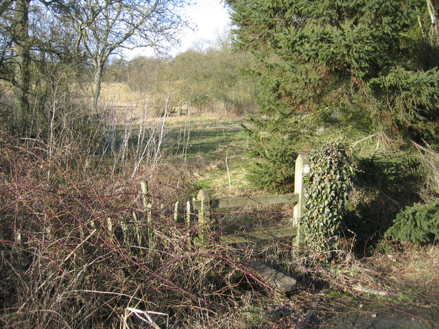 Stile on the footpath to Billesley