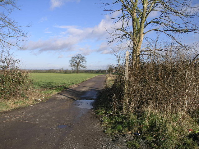 Footpath to Syerscote Barn