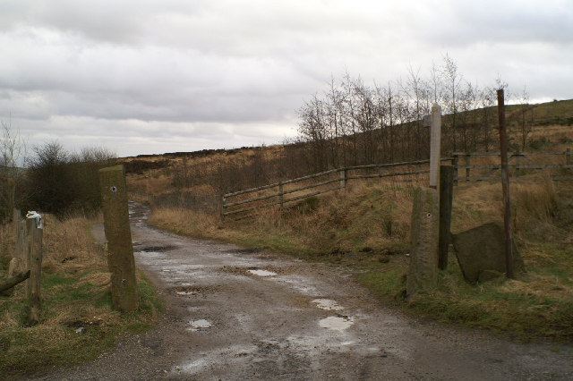 Track onto the moors from the B6391