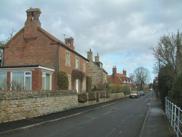 Low Road. Manthorpe