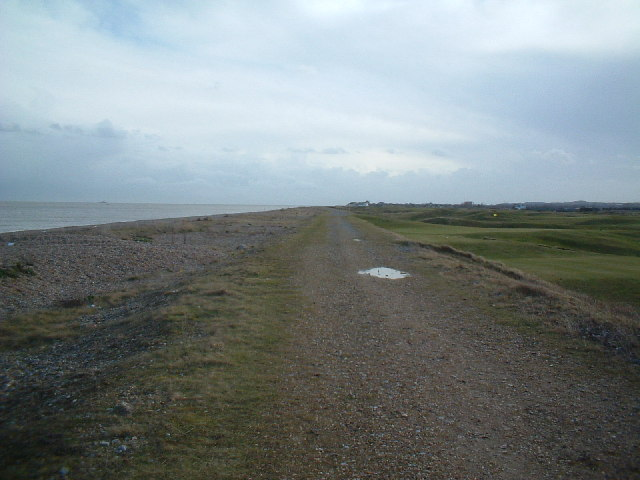 The sea wall, north of Deal