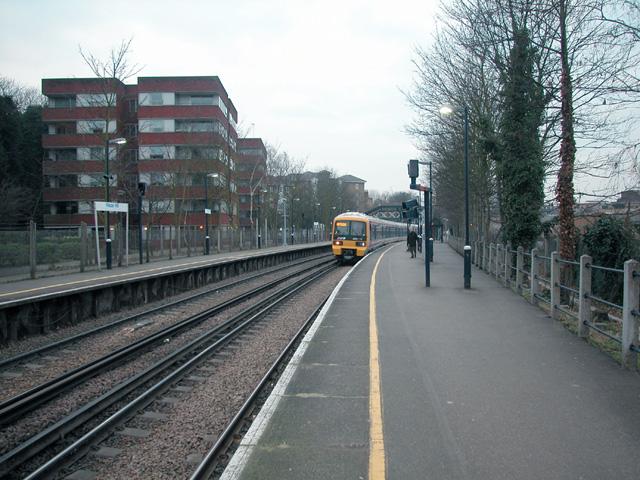 Maze Hill station