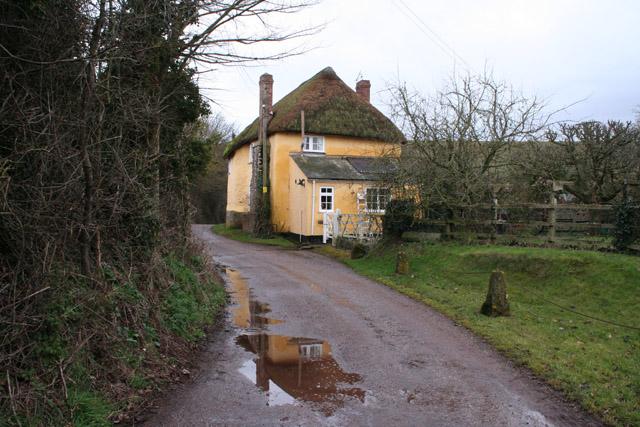 Shobrooke: old house at Pennicott Farm