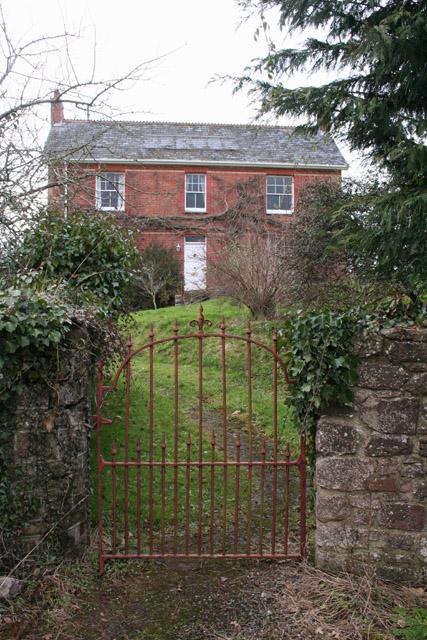 Shobrooke: house at Pennicott Farm