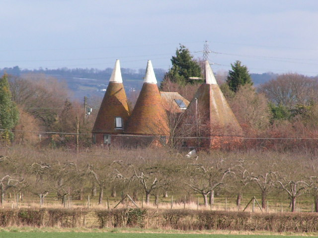 Martin Farm Oast house & orchards