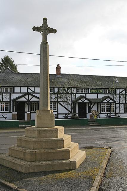 War memorial and Boot Inn at Houghton