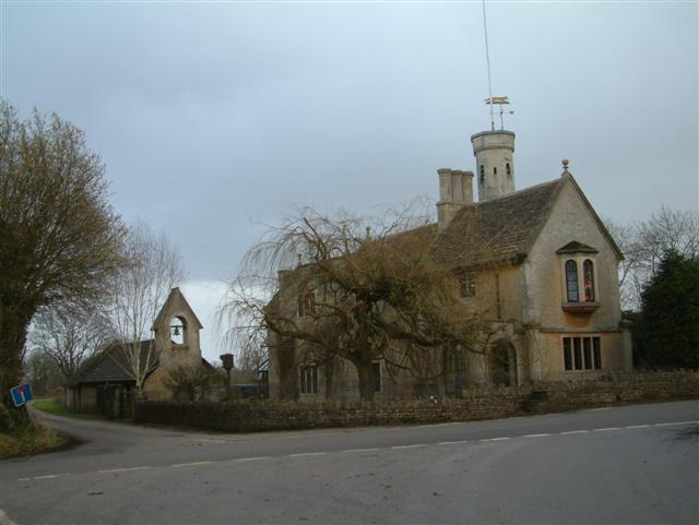Fosse Lodge and Chapel