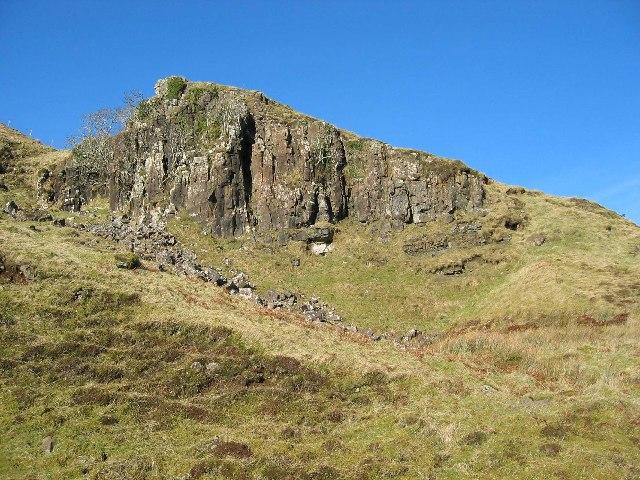 Crag above A855
